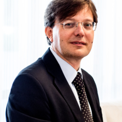 Prof. Gontero picture 2015